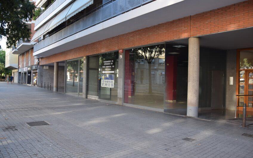 Local en alquiler en Paseo Maragall-C/Sant Antoni Mº Claret